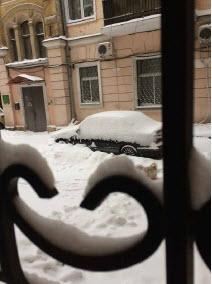 odessa oekraïne sneeuw cherub